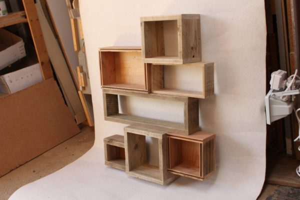 étagère bois épice cuisine